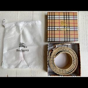 Burberry Classic belt with removable Buckle
